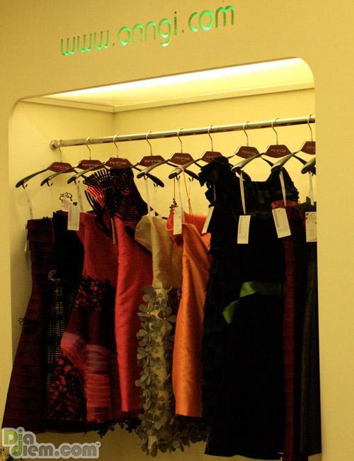 Đầm dạ tiệc quý phái
